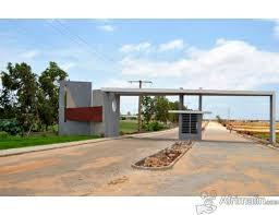 SN CITY Ndiakhirate:Térrain à Vendre à Ndiakhirate sur la route de Sangalkam